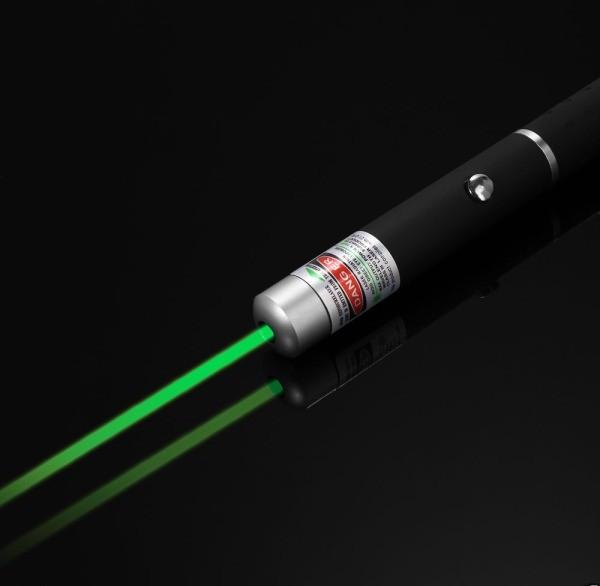เลเซอร์พอยเตอร์แสงสีเขียว